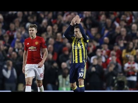 Van Persie scores vs Manchester United and the fans applauding for him 20/10/2016