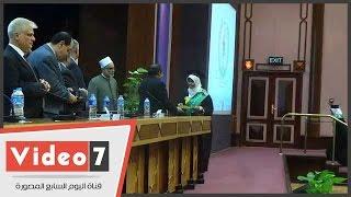 بالفيديو.. جامعة الأزهر تكرم الطلاب المتفوقين و الخريجين