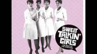 The Chiffons - When I Go To Sleep At Night
