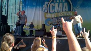 Big Smo..beastie Boys Cover.cma Fest 2012