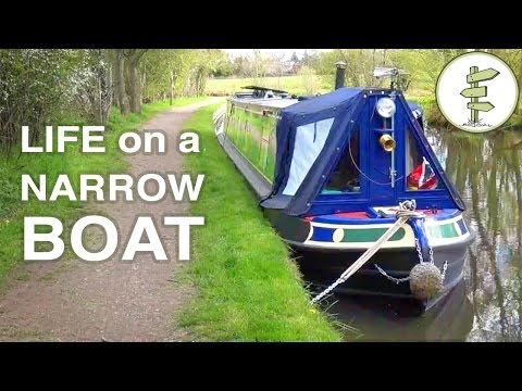 TV Journalist Quits His Job To Live On A Tiny House Boat & Cruise UK Canals Full-Time