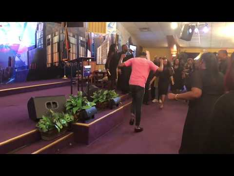 Crazy Praise Break at The Harvest Tabernacle Church!!! 5/6/18