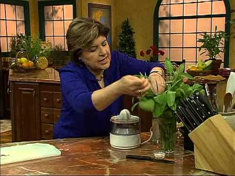 Ciao Italia 2124 Farfalle with Gorgonzola Sauce