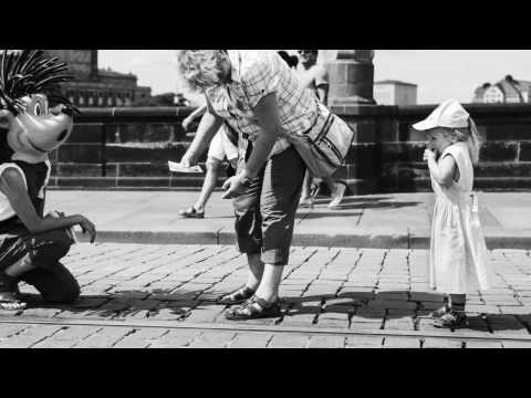 Leica B&W Street Photography - Dresden | Leica M Monochrom | Leica MP