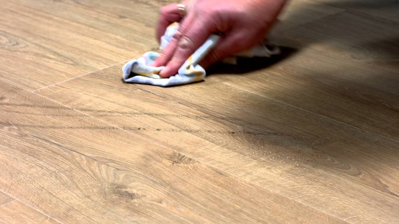 Laminate Flooring Maintenance How To Deal With Scuffmarks
