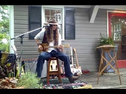 Justin Johnson Plays A Homegrown Strings 4 String Cigar Box Guitar