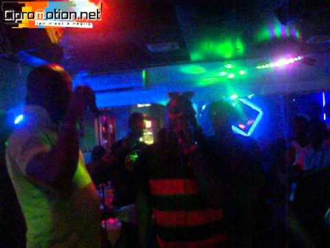 Dj Jacob et Alliance Groove en live zouglou Travel Video