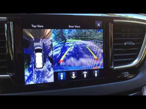 2017 Chrysler Pacifica 360-degree camera