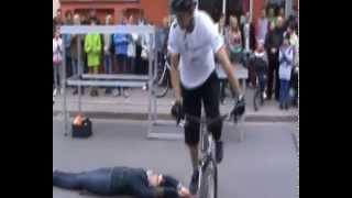 Akrobacje na rowerze. Dni Nowego 2014r
