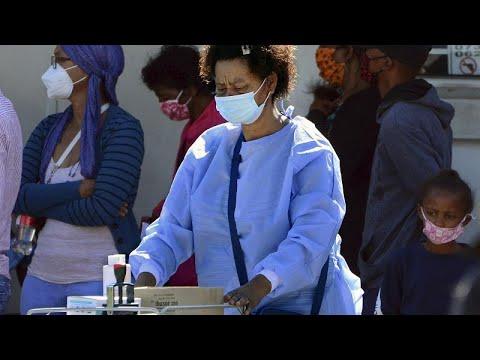 شاهد: إضراب موظفي الرعاية الصحية في جنوب إفريقيا احتجاجا على تفشي الفساد…  - 11:59-2021 / 2 / 25