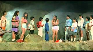 Hindi Thriller movie - Aaj Ke Angaarey - Hemant Birje, Raja Duggal & Rohini Hattangadi - 6/13