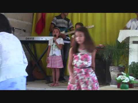 TINY FILIPINA SING A SONG TO THE LORD EXPAT LIFE PHILIPPINES
