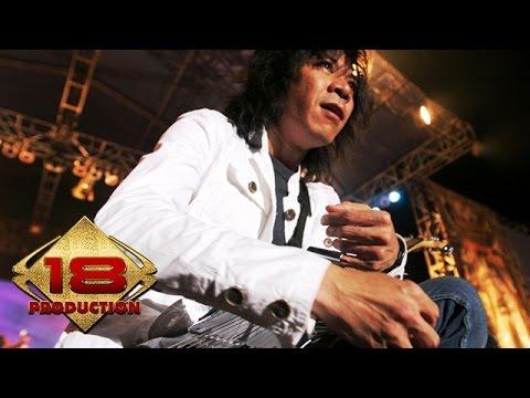Slank - Ketinggalan Jaman  (Live Konser Kota Bumi Lampung 29 Juni 2006)
