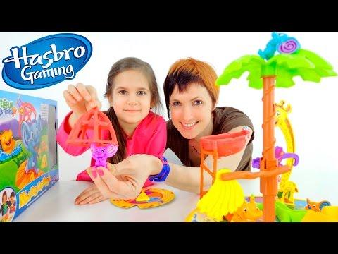 Передача для детей Веселая Школа. Маша и Катя играют в настольную игру МЫШЕЛОВКА
