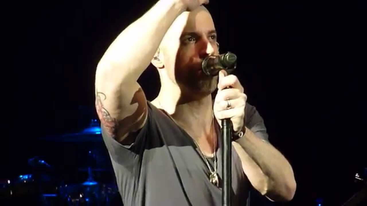Daughtry - Chatter and Taking Photo with Audience - London O2 Shepherd's Bush - March 26th 2014