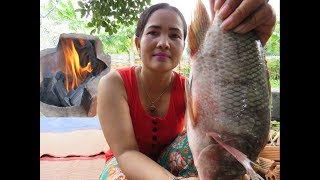 How To Do Cooking Fish      Village Food Factory