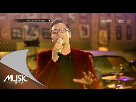 Sammy Simorangkir - Dia (Live at Music Everywhere) *