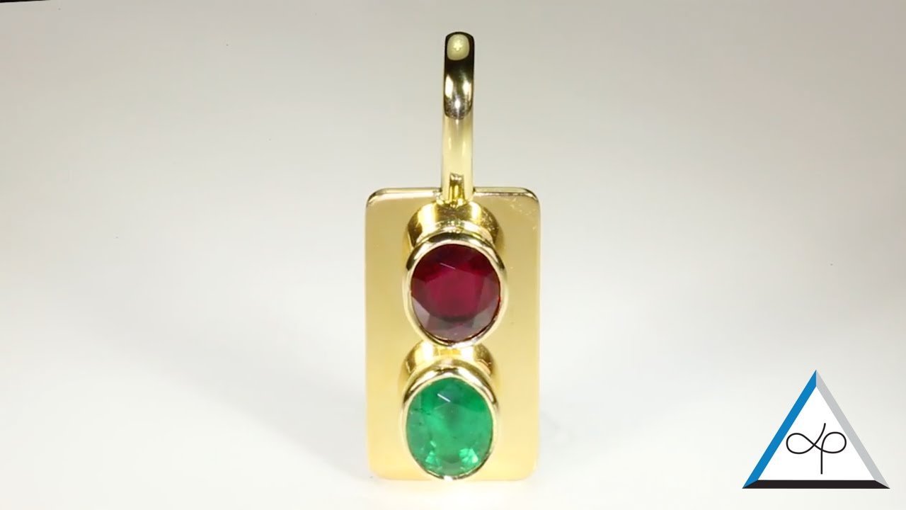 8cf43f2629f Ruby And Emerald Set In Gold Pendant