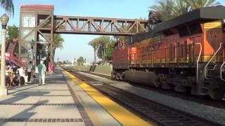 BNSF E/B Stack train depart Fullerton station 2016-07-29