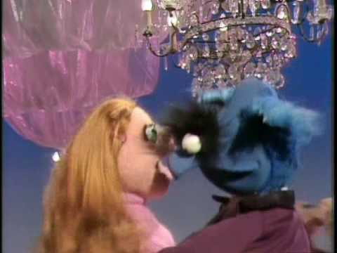 Download The Muppet Show: At The Dance (Episode 11)