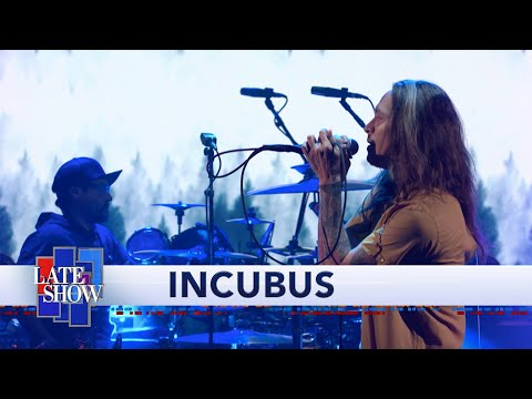 """Incubus Perform """"Into The Summer"""""""