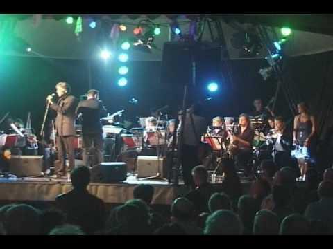 Red mij Niet: Maarten van Roozendaal en het ETCETERA Orchestra