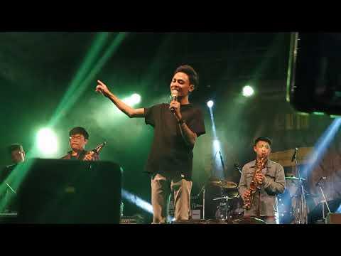 Mahen   Pura Pura Lupa Live