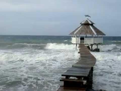 Paseo Del Mar, Jagna, Bohol: Storm season