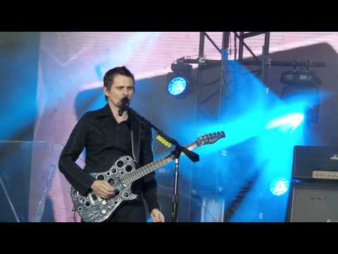 Muse - Animals (Live At GreenFest, St. Petersburg 21.06.2015)