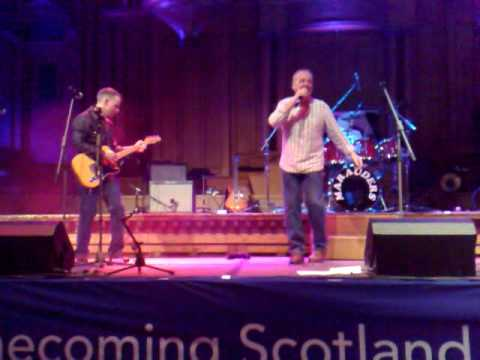 Marauders at Homecoming Scotland 2009 Ayr Town Hall No. 2 - The Who - I Dont Mind & Substitute