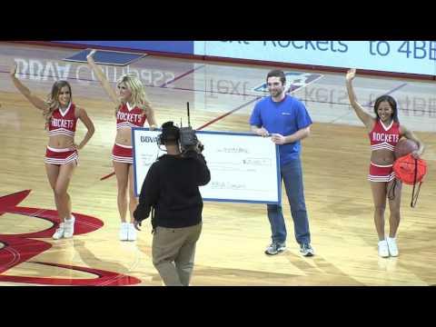 Rockets Fan Wins $25,000 From BBVA Compass After Half-court Shot