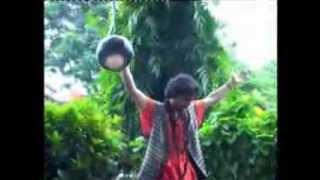 Takdum Takdum bajai..Bengali Folk Song by Samrat Baulaa