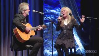 "Kim Carnes & Andy Childs Cover Kenny Rogers ""Don't Fall In Love With A Dreamer"""