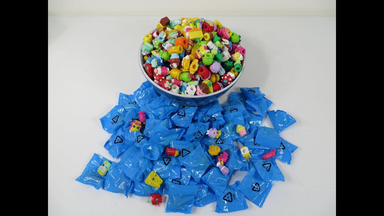 toy haul watch part blinds littlest packs shop case blind splashin pet bag paint lps review opening box youtube