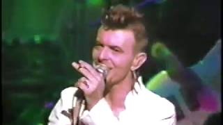 david-bowie-almost-acoustic-christmas