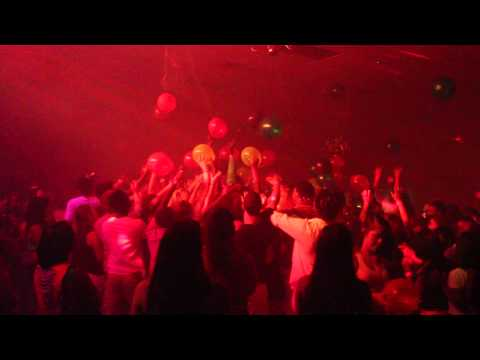 Pulse Events Cleveland Club Cash Balloon Drop Party