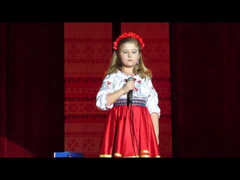 Девочка поет как Раиса Кириченко