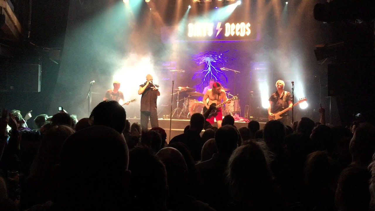 Dirty deeds ac dc tribute band