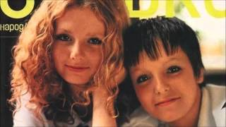 Repeat youtube video t.A.T.u. - Ya Soshla S Uma (Alternative Version)