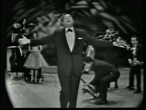 Louis Prima LIVE -- When You're Smiling  /  C'è La Luna / Zooma Zooma / Oh Marie