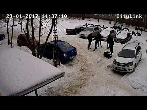 Жесткое задержание подростков в Петрозаводске