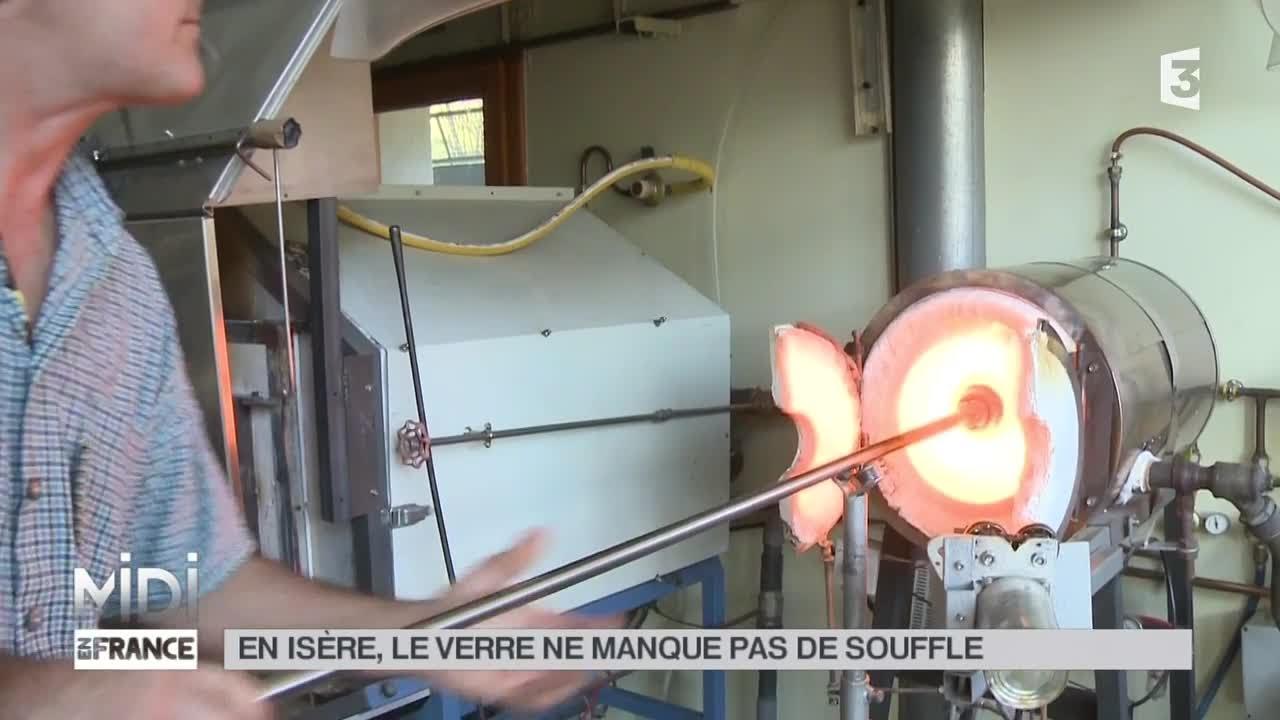 Souffleur De Verre Chambery made in france : en isère, le verre ne manque pas de souffle