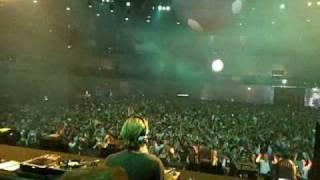 "Chaos @ Madrid, Sven Vath playing ""Egbert - Vreugdevuur"""