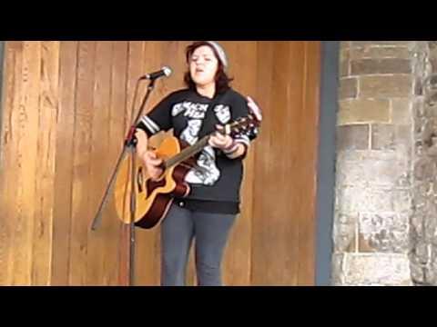 Sinead O' Meara - Zombie (live cover)