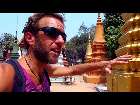 A Walking Tour of Siem Reap, Cambodia (near Angkor Wat Temples)