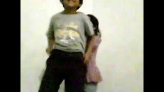 primeros vídeos / bailes locos thumbnail