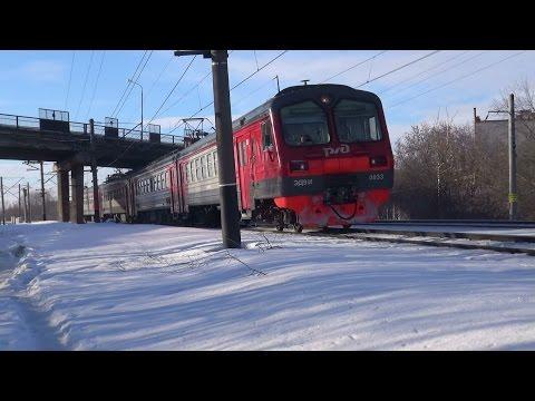 Электропоезд ЭД9М-0033 сообщением Свияжск - Казань