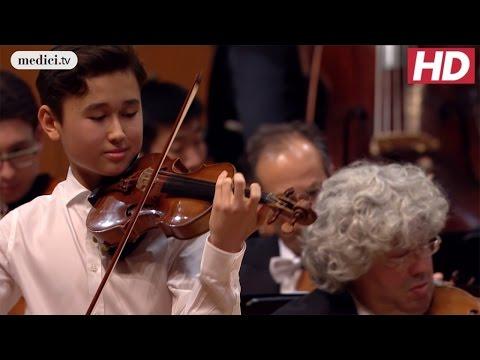 Daniel Lozakovich - Violin Concerto No. 5 - Mozart: MPHIL 360°