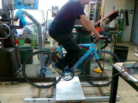 home made bike roller trainer youtube. Black Bedroom Furniture Sets. Home Design Ideas
