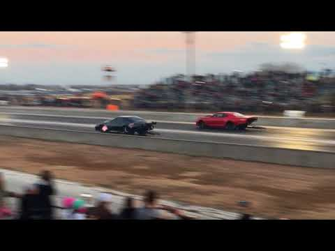 Street Outlaws: Ryan Martin's Fireball vs Kye Kelly's Shocker at San Antonio Raceway 01/20/18